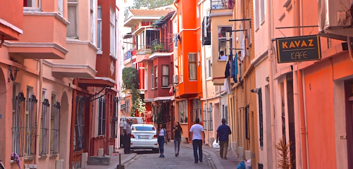 The Contrasts of Istanbul